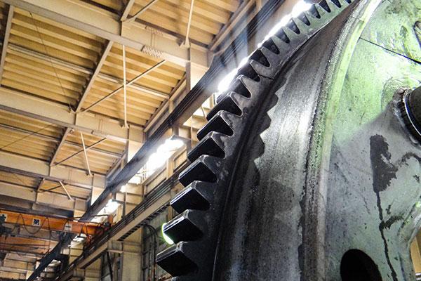 大から小まで対応できる生産設備